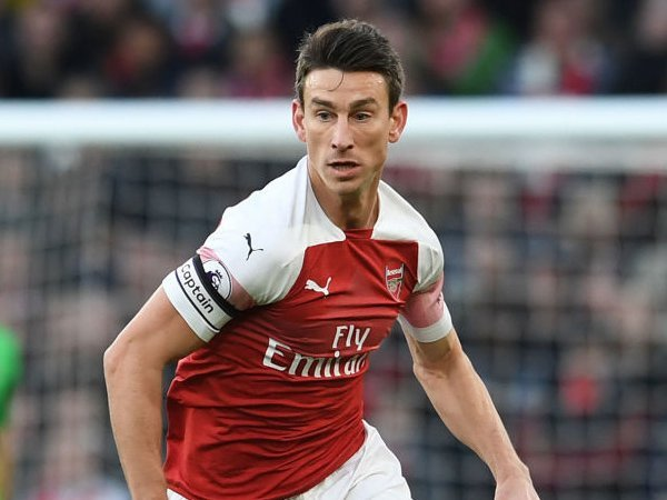 Arsenal stalwart not interested in leaving Gunners